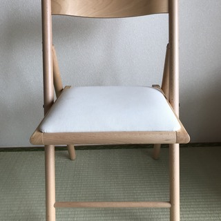 無印良品:折りたたみ椅子 (ブナ材)