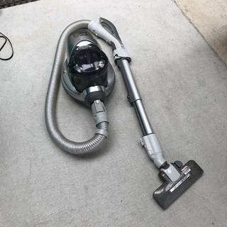 2009年製 Panasonic 電気掃除機 「MC-JC2WX-S」