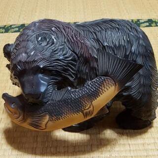 熊の木彫り