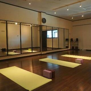 🧘女性のための sri yoga (旧YUI YOGA STUDI...