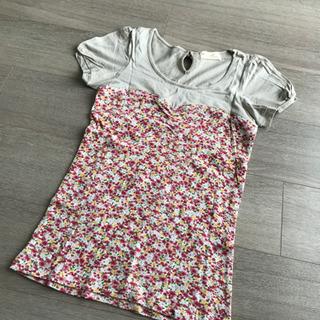 【未使用】チューブトップ風 デザイン Tシャツ 花柄 ベージュ ...