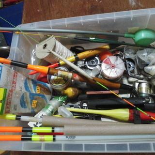 各種浮きと釣り用品「小物多数」色々特売