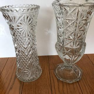 クリスタル花瓶 2個あり