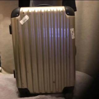 スーツケース 傷あり 33✖︎ 47 ゴールド