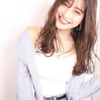 <入社半年間最大60万円迄保障>☆特別休日プラス20日☆スタイリス...