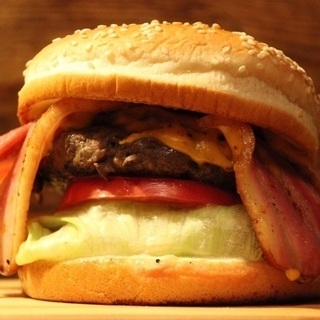 ハンバーガー1000個無料で差し上げます🍔