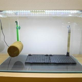 60cmガラス水槽と60cm用LED照明 その他スポンジフ…