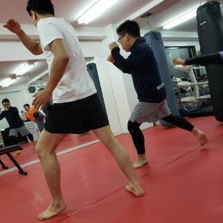 日暮里駅徒歩一分のキックボクシングジム☆ − 東京都