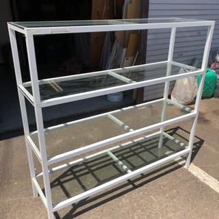 ガラス棚板付スチール製4段棚 ディスプレイや小物収納に!