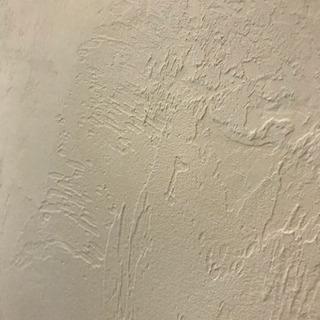 塗り壁や腰板