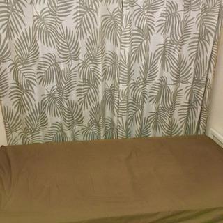 ニトリ コイルスプリングシングルベッド(枠、シーツ付き)