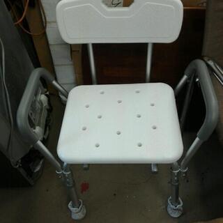 ¥1000* 浴室で使用する椅子?