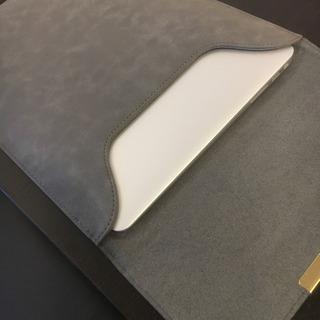 MacBook用薄型ケース