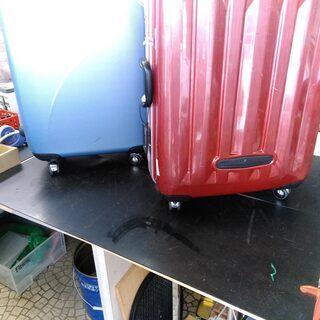 大型加湿器を設置しお客様の安全を守ります。 ご来店時はマスクの着用をお願いします。   スーツケース工房 節約塾  − 愛知県