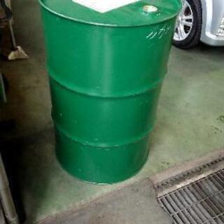緑 ドラム缶