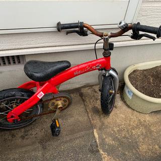 中古 赤色の変身バイク 初めての自転車練習用に