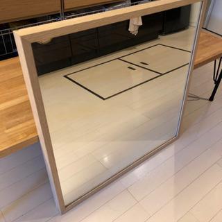IKEAの鏡 70センチ角