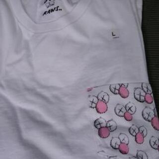 カウズUNIQLOTシャツ(L)