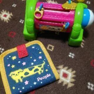 知育玩具 2個