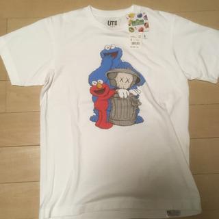 ユニクロ カウズ Tシャツ Sサイズ