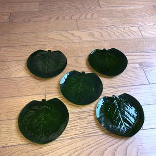お茶菓子皿の画像