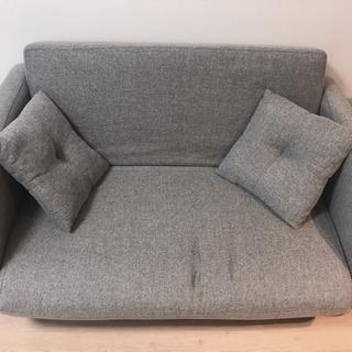 【無料】簡易的なベッドにもなるソファー(お取引先決定いたしました!)
