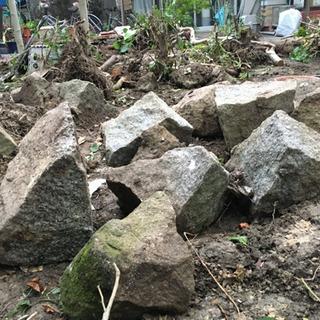 大きな石  お庭にどうですか?