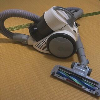 サイクロン式掃除機 コンパクトサイクロンクリーナー  です。