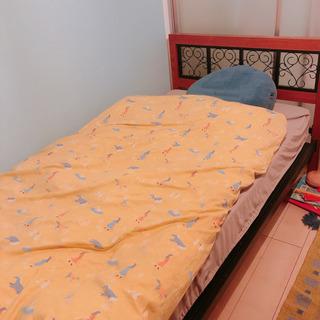 (相談中)シングルベッドとマットレス、ふとんのセット
