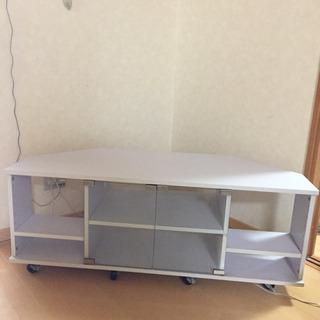 白 テレビ台 台形型