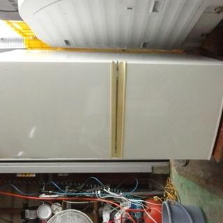 南610 シャープ 冷蔵庫 2ドア 137L SJ-BK14R-W