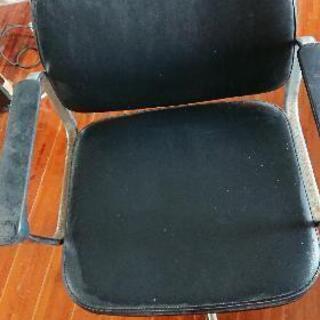 事務椅子その1
