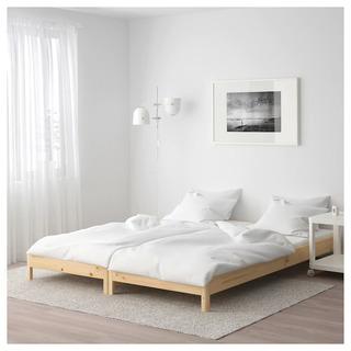 ikea UTAKERの子供用ベッド2台、マットレスと寝具付き
