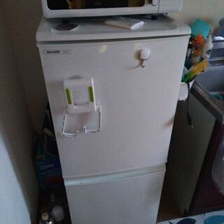 シャープ 冷凍冷蔵庫137L SJ-714