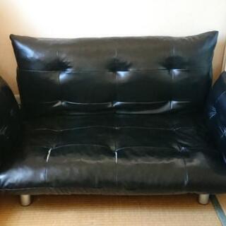 黒レザーソファーベッド