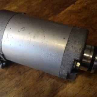 YBR125 セルモーター