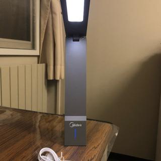 卓上ライト 新品 目に優しいLED 3段調色 9段調光 充電とAC両用