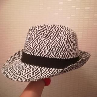 ラメ入り帽子