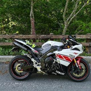 ☆ヤマハ Yzf R1 2010年式  バイク
