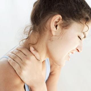 痛み止めも効かない夜も寝れない程の辛い首と肩の痛み - 可児郡