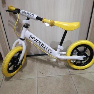 足蹴りバイク バランスバイク ペダルなし自転車