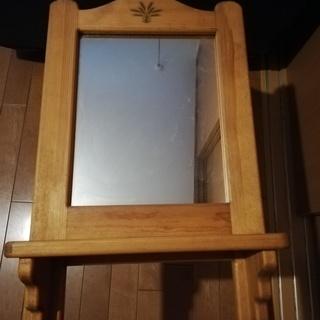 鏡 小物置ける台付き