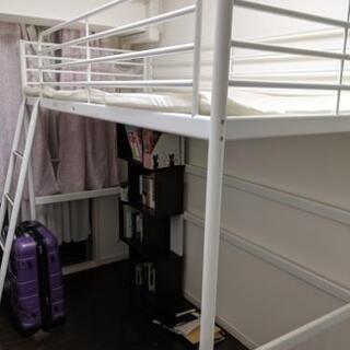 子供用二段ベッド(下段は空洞)-IKEA