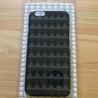 【未使用】iphone6用ケース(ルーブル美術館 ガラスのピラミッ...