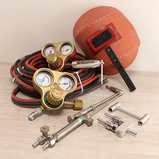 ガス切断機セット アセチレン 酸素 ツインホース レギュレーター...