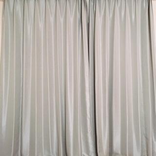★【6/27迄】(美品)防炎遮光カーテン(カーテンくれないWeb)...
