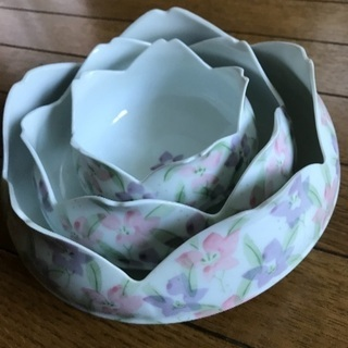 値下げ!花柄の鉢セット
