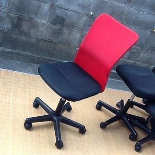 【4脚限り】オフィスチェア・デスクチェア・事務椅子 肘なし 快適...