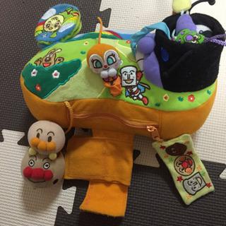 アンパンマン ベビーカーやチャイルドシートに布で出来たおもちゃ