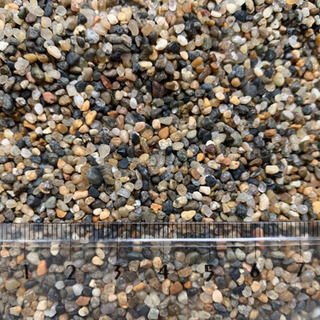 湧水の砂 ミディアム 9リットル アクアリウム 底砂